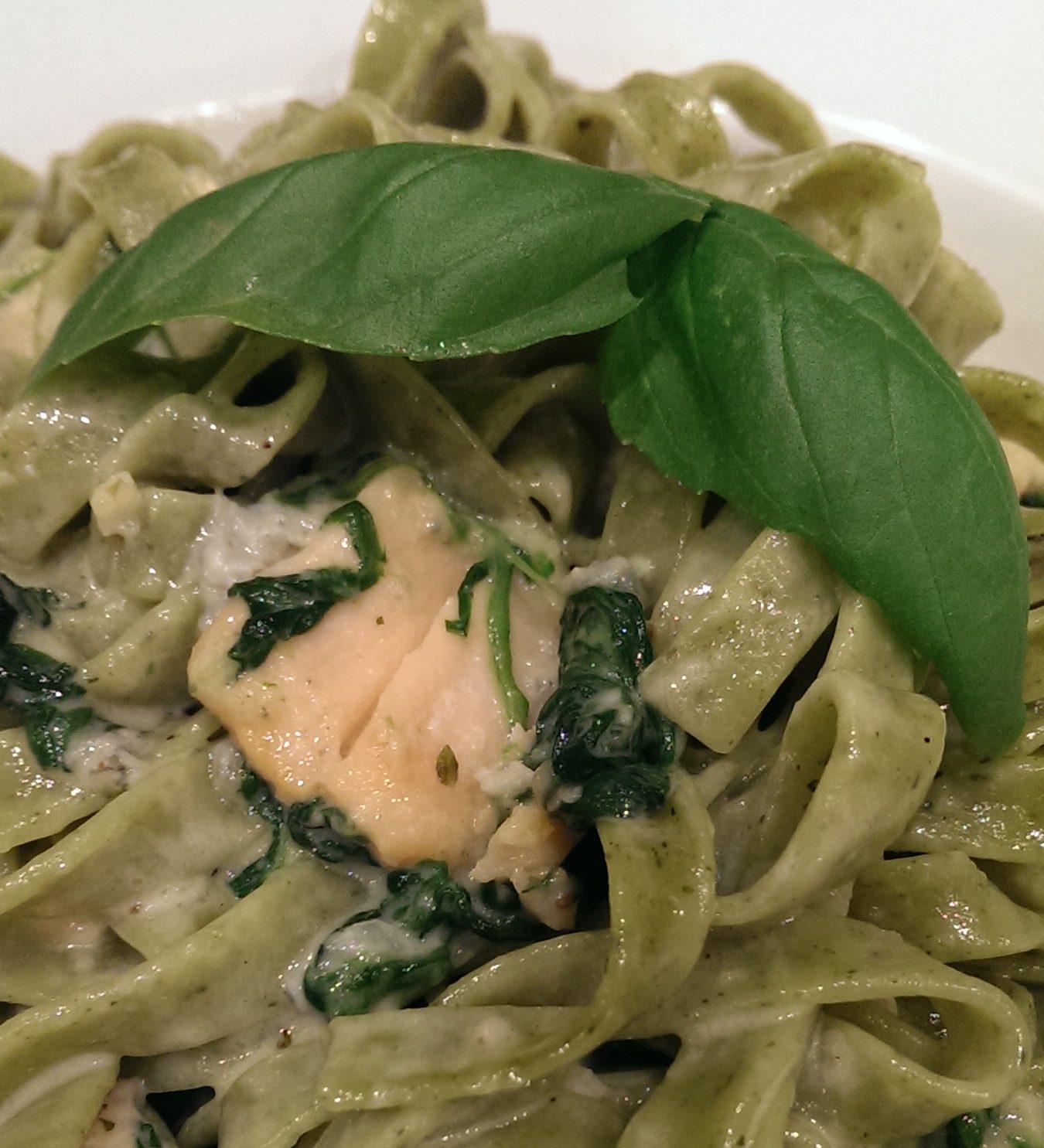Pasta mit Spinat Gorgonzola Soße
